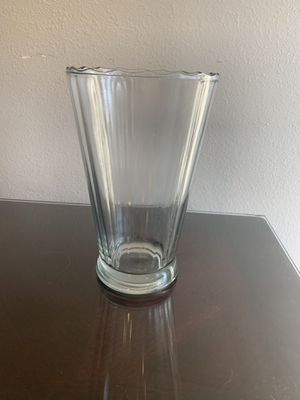 Glass Vase for Sale in Claremont, CA