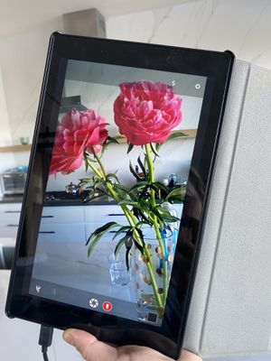 Amazon fire tablet for Sale in Los Angeles, CA