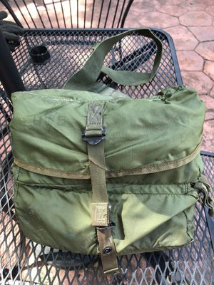 Medical trauma bag from the Vietnam era, great condition and sure to be a collectors item for Sale in Virginia Beach, VA