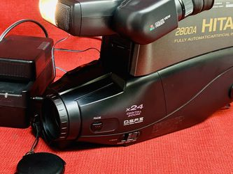 Vintage Hitachi 2800A VHS Camcorder w/ Battery/Charger/AC-DC cord/Manual for Sale in Las Vegas,  NV
