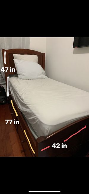 twin bed with drawers for Sale in Queens, NY
