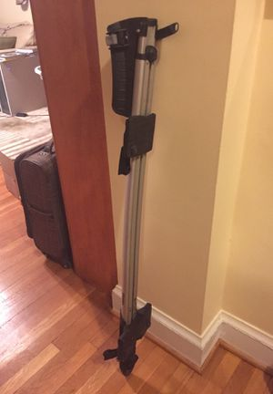 Thule Sprint T-track Xt Bike Rack with Load Bars for Sale in Washington, DC