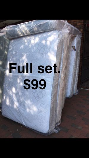 Full set $99 for Sale in Baltimore, MD