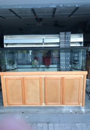 """125 gallon aquarium tank with dual overflows. 72x18 aquarium stand . New sump pump and accessories included with LED 36"""" X 4. Set of coral lights. for Sale in Boca Raton, FL"""