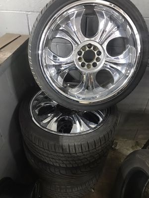"""20"""" chrome wheels for Sale in College Park, MD"""
