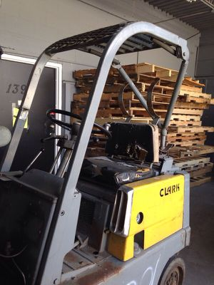 Clark fork lift for sale for Sale in Caledonia, MI