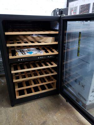 Wine cooler beverages cooler mini fridge nevera neverita frigobar freezer mini fridge for Sale in Oakland Park, FL