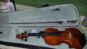 Violin with case and bow (4\4 starter) for Sale in Virginia Beach, VA