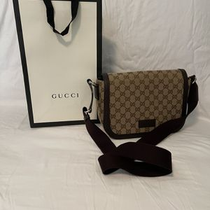 Gucci Messenger Bag Authentic !!! for Sale in Pompano Beach, FL