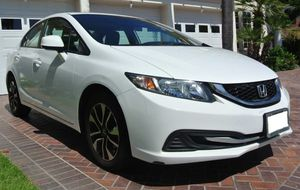White 2013 Honda Civic EX No cracks or tears for Sale in Midland, TX