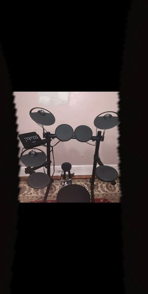 Yamaha DTX Electronic drum set for sale. for Sale in Trenton, NJ
