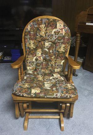 Antique children's rocking chair for Sale in Woodbridge, VA
