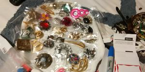 Mixed lot of big BROACHES variety of styles for Sale in Fort Worth, TX