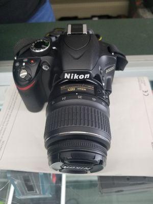 Nikon D3400 HDSLR camera, telephoto, 24.2 megapixel DX format with collapsible 18-55mm lens, and complete kit, $350 for Sale in Glenarden, MD
