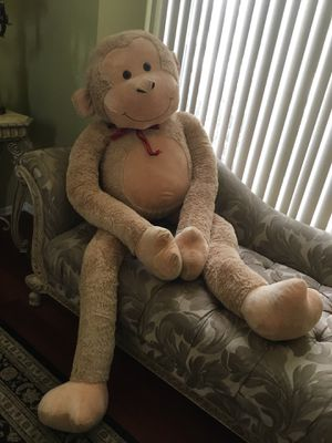 Life size golden brown monkey stuffed animal, nwot for Sale in Rochester, MI