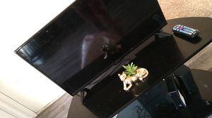 32 inch smart tv for Sale in Orlando, FL