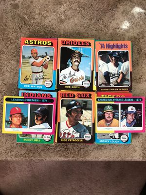 Baseball Cards - 1975 Topps: ⚾️ 150 Cards for Sale in Franklin Township, NJ