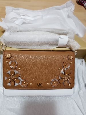 Brand new authentic Michael Kors floral embellished leather convertible crossbody bag for Sale in Lynnwood, WA