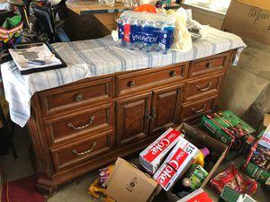 Dresser/tv stand for Sale in Yorktown, VA
