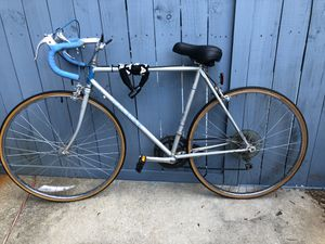 Raleigh Road Bike for Sale in Charlotte, NC