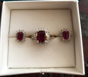 3.7 carat Ruby & diamond ring. 1.2 carat earrings for Sale in Beverly Hills, CA