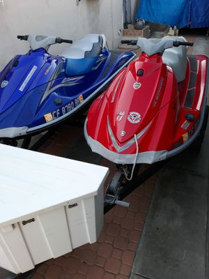 2007 2005 Yamaha Waverunner VX Deluxe for Sale in Los Angeles, CA
