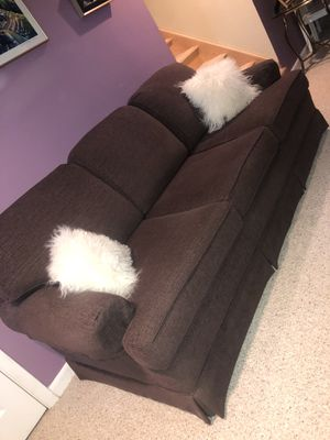 Purple Couch for Sale in Negaunee, MI
