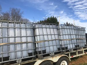 300 Gallon Totes for Sale in Harmony, NC