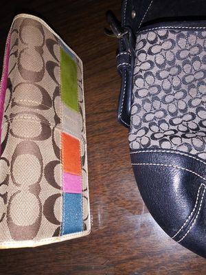 Coach hobo handbag and wallet for Sale in Indian Rocks Beach, FL