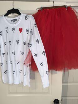 Sweater & Tulle Skirt for Sale in Austell,  GA