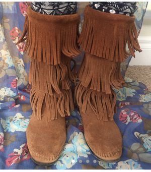 Minnetonka Boots size 8 for Sale in Denver, CO
