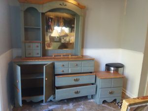 Dresser/Kitchen buffet with top. Plus end table for Sale in Nashville, TN