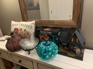 Halloween/Fall Decorations for Sale in Snohomish, WA