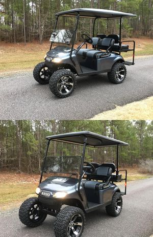 Price$1OOO EZ-GO TXT 2016 electric golf cart for Sale in Frederick, MD