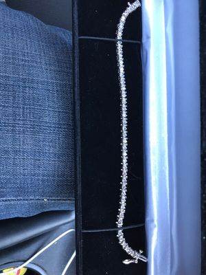 White gold 14k with real diamonds for Sale in Dallas, TX