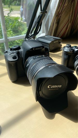 Canon t5i w/ 17-85mm lens for Sale in Cuyahoga Falls, OH