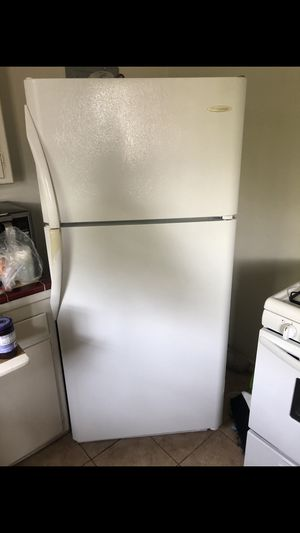Refrigerator $100! Need gone ASAP! for Sale in Los Angeles, CA