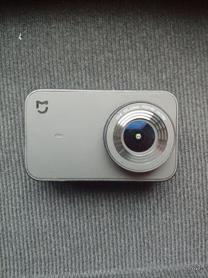 Xiaomi mijia 4k action camera with other accessories for Sale in Minneapolis, MN