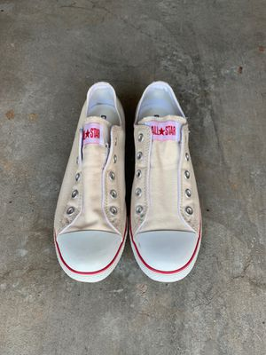 Converse - Womens 9/ Men's 7 for Sale in Raleigh, NC
