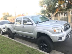 2013 Toyota Tacoma Prerunner 4X4 for Sale in Los Angeles, CA
