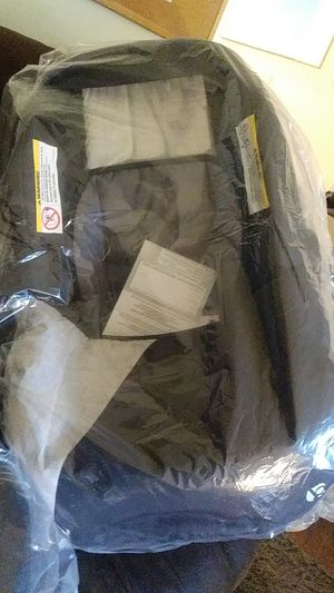 Brand new never open car seat + base for Sale in Columbus, OH