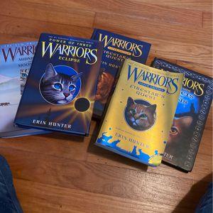 Warrior Books-5 By Erin Hunter for Sale in Aberdeen, WA