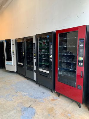 Snacks vending machines for Sale in Miami, FL
