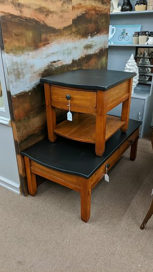 Black top end table and coffee table for Sale in Mesa, AZ