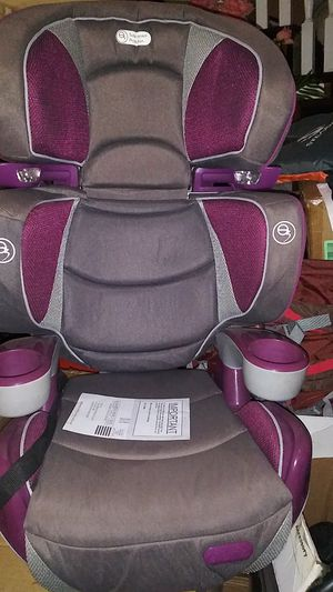 Booster seat with lights in both side for Sale in Los Angeles, CA