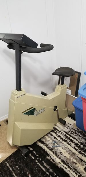 Pro-Form programmable exercise bike for Sale in Safety Harbor, FL