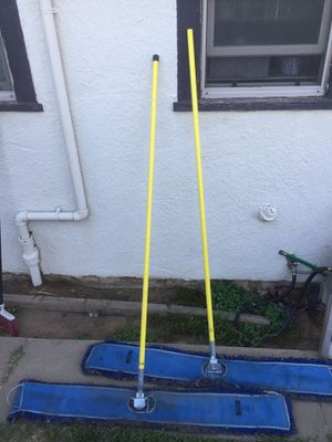 Uline dust mops for Sale in Fresno, CA
