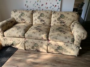 Taylor King Couch for Sale in Goshen, OH