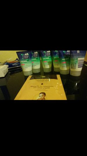 7 travel size clean and clear deep action face washes and face mask for Sale in Warren, MI