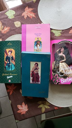 Asst. 1994-1996 Vintage Collectible Barbies for Sale in Aurora, IL